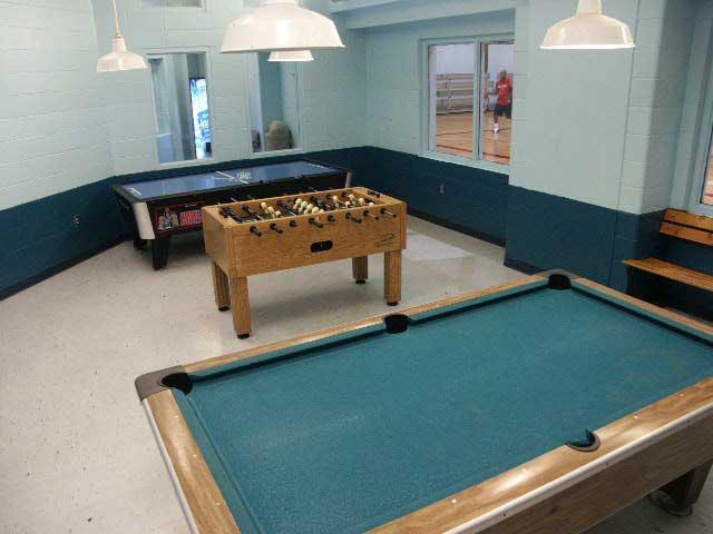 Holcom Park Recreation Center